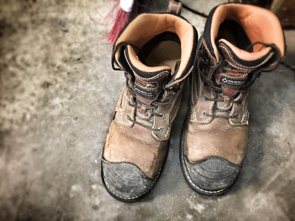 Ending my project with my husbands work boots, because this means he's home :)